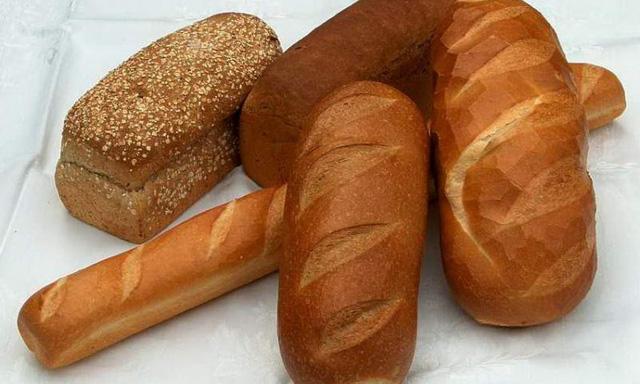 Bánh mì với những tác hại không thể ngờ - Ảnh 1.