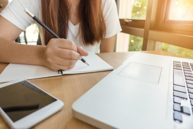 Chuyên gia tâm lý hướng dẫn bạn cách giải quyết nỗi lo trước kỳ thi đại học - Ảnh 1.