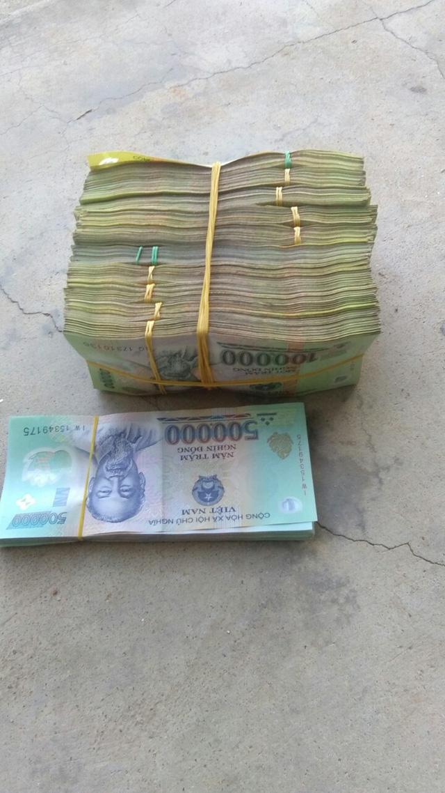 Mở ra, thấy số tiền lớn quá, tui cũng run... - Ảnh 2.