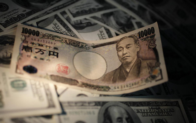 Doanh nghiệp Nhật Bản lo lợi nhuận giảm vì đồng yen tăng giá - Ảnh 1.
