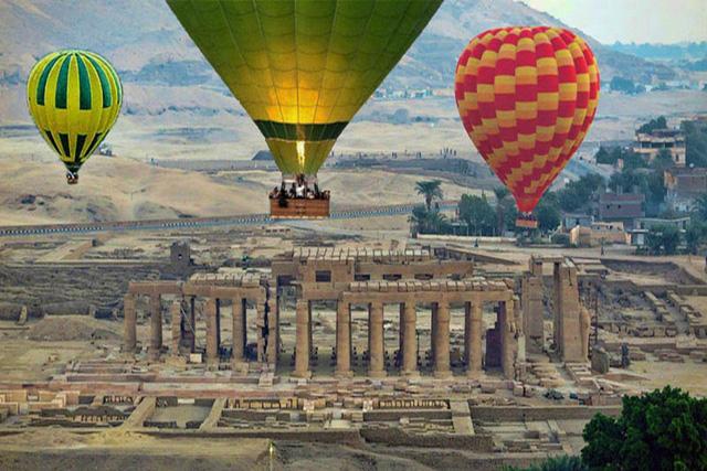 Ai Cập nối lại hoạt động du lịch bằng khinh khí cầu - Ảnh 1.
