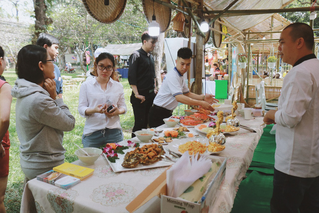 Ẩm thực Lễ hội Tết Việt - Tet Festival 2020 hút khách - Ảnh 1.