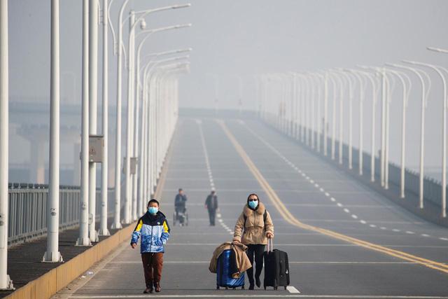 Kết quả hình ảnh cho cây cầu nối thành phố Cửu Giang