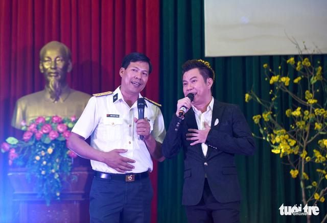 Mùa xuân biển đảo lần 9: Bên vịnh Phan Thiết, bâng khuâng nhớ Trường Sa - Ảnh 13.