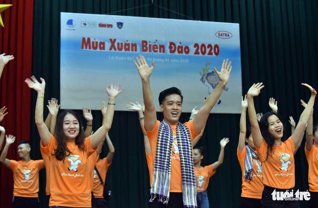 Mùa xuân biển đảo lần 9: Bên vịnh Phan Thiết, bâng khuâng nhớ Trường Sa - Ảnh 5.