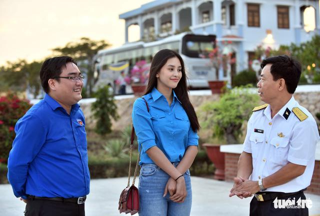 Mùa xuân biển đảo lần 9: Bên vịnh Phan Thiết, bâng khuâng nhớ Trường Sa - Ảnh 3.