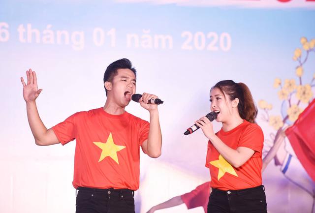 Mùa xuân biển đảo 2020: Những chiến sĩ tuổi đôi mươi khoe tài hát, nhảy - Ảnh 7.