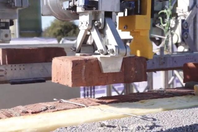 Ngôi nhà đầu tiên trên thế giới do robot xây dựng hoàn toàn - Ảnh 1.