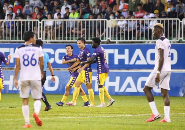 HAGL thảm bại trận thứ 2 liên tiếp ở V-League - Ảnh 1.