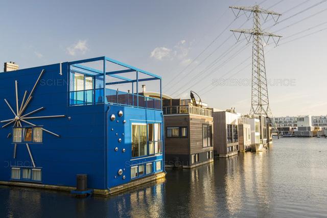Những căn nhà bất chấp lũ lụt tại Hà Lan - Ảnh 1.