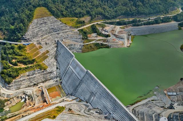 Singapore thử nghiệm nhập khẩu điện từ Malaysia - Ảnh 1.