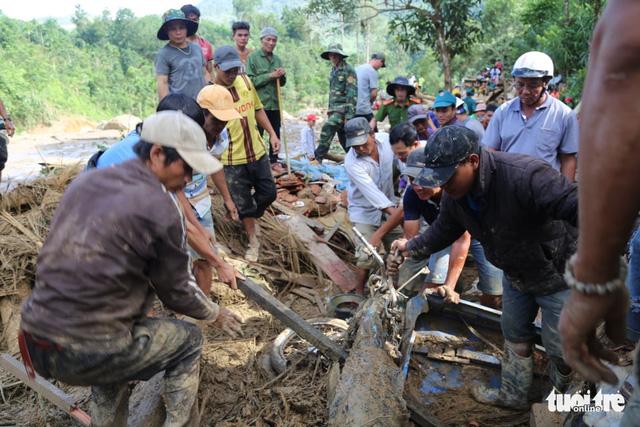 Cập nhật mới nhất ở Nam Trà My: Hơn 30 người sống sót, còn 13 người mất tích - Ảnh 3.