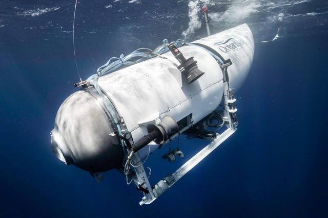 Dịch vụ lặn thám hiểm tàu Titanic ở độ sâu gần 4.000 m - Ảnh 1.