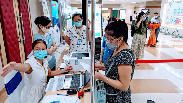 Hơn 6.000 đại biểu tham dự hội nghị khoa học và đào tạo thường niên của Bệnh viện ĐH Y Dược TP.HCM - Ảnh 3.