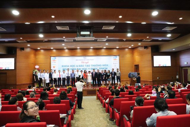 Hơn 6.000 đại biểu tham dự hội nghị khoa học và đào tạo thường niên của Bệnh viện ĐH Y Dược TP.HCM - Ảnh 2.