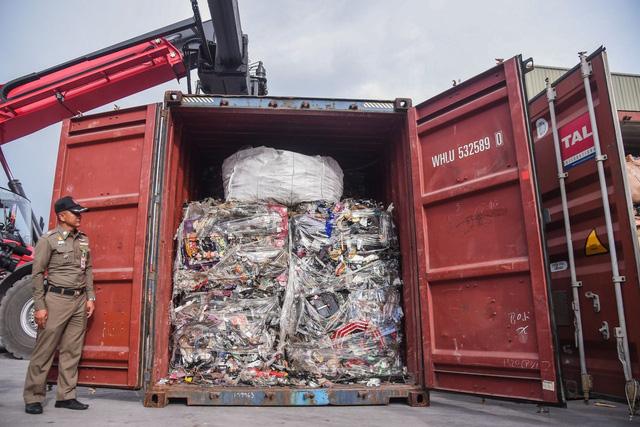 Thái Lan công bố lệnh cấm nhập khẩu hơn 400 loại rác thải điện tử - Ảnh 1.