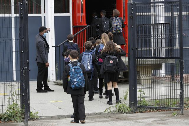 Trẻ em quên kỹ năng cơ bản vì trường học đóng cửa phòng COVID-19 - Ảnh 1.