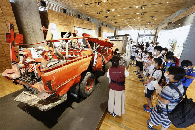 Bình thường mới trong các chuyến đi thực tế của học sinh Nhật Bản - Ảnh 1.