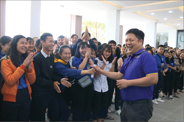 Ông Đàm Quang Minh thôi làm hiệu trưởng Đại học Phú Xuân - Ảnh 1.