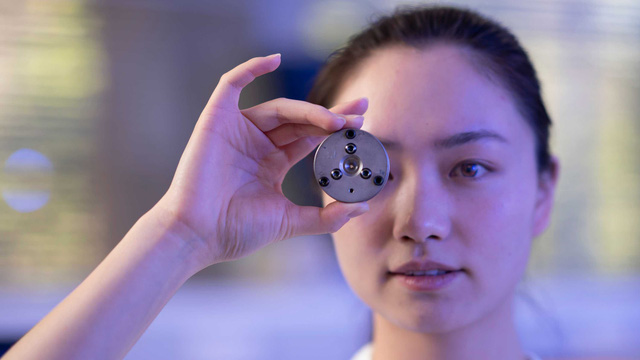 Australia chế tạo kim cương trong vài phút tại phòng thí nghiệm - Ảnh 1.