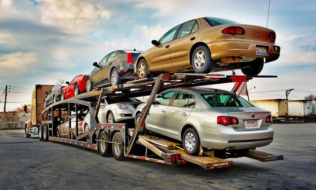 Nhập khẩu xe đã sử dụng làm tăng tình trạng ô nhiễm - Ảnh 1.