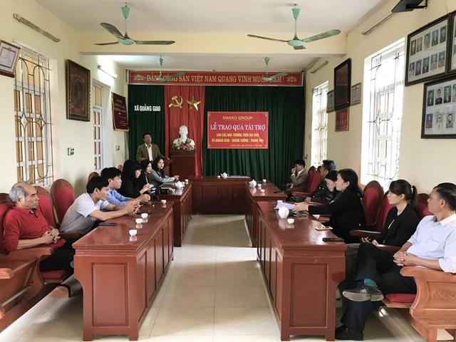 Danko Group trao Quỹ học bổng Danko cho các trường tại xã Quảng Giao, tỉnh Thanh Hóa - Ảnh 2.