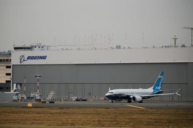 Boeing thuê phi công cho các hãng máy bay để cứu 737 MAX - Ảnh 1.