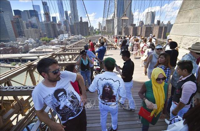 Mỹ đóng cửa chương trình nhập cảnh toàn cầu với bang New York - Ảnh 1.