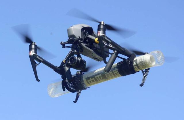 Nhật Bản thông qua dự luật hỗ trợ phát triển máy bay không người lái và mạng 5G - Ảnh 1.