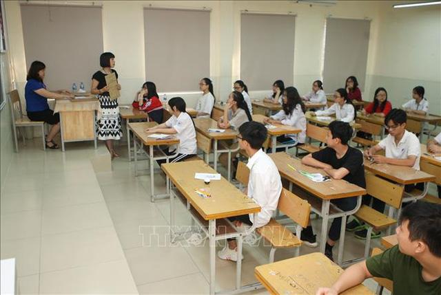 Tuyển sinh vào lớp 10: Hà Nội sẽ công bố môn thi thứ tư vào tháng 3 - Ảnh 1.