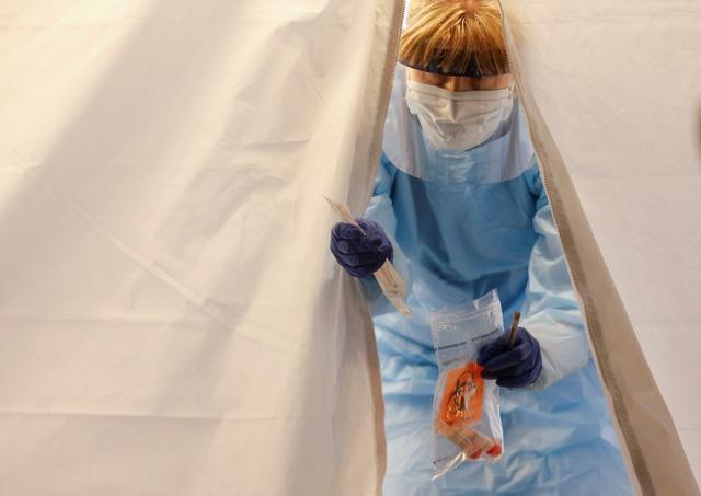Dịch COVID-19 ngày 11-3: Ý vượt mốc 10.000 ca nhiễm với 631 ca tử vong - Ảnh 1.