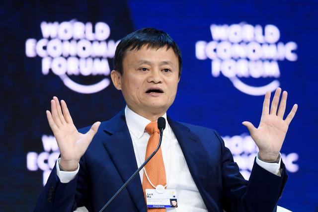 Jack Ma giành lại ngôi vương người giàu nhất châu Á - Ảnh 1.