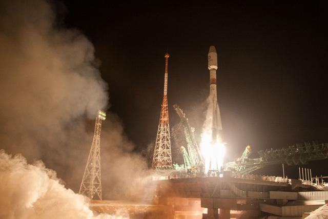 Nga phóng thành công 34 vệ tinh của OneWeb lên quỹ đạo - Ảnh 1.