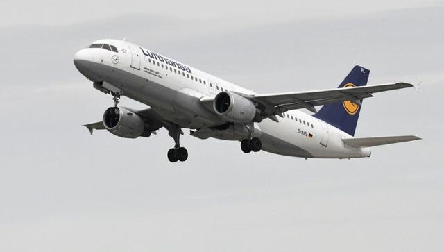 Liên minh châu Âu nới lỏng quy định đối với hàng không nội khối - Ảnh 1.