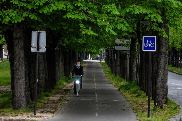 Xe đạp - lựa chọn của các đô thị Pháp sau phong tỏa - Ảnh 1.