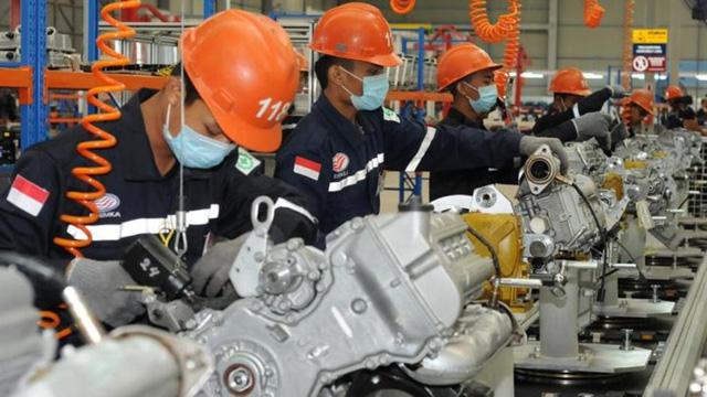 Indonesia sẽ cho phép các lao động dưới 45 tuổi trở lại làm việc - Ảnh 1.