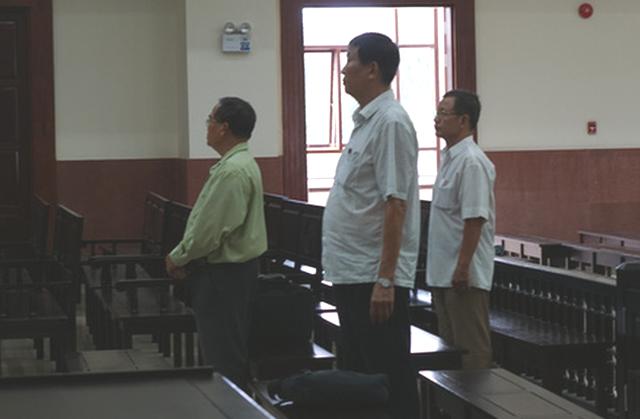 Giảm án cho 3 bị cáo vụ thanh lý 658ha cao su ở Bình Dương - Ảnh 1.