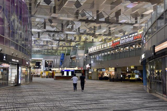 Khách quốc tế sẽ được quá cảnh qua sân bay Changi của Singapore từ 2/6 - Ảnh 1.