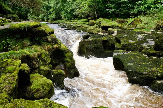 Vùng nước nguy hiểm nhất thế giới tại Anh - Ảnh 1.