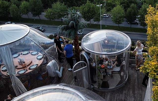 Những chiếc lều khí sạch diệt COVID-19 tại nhà hàng Thổ Nhĩ Kỳ - Ảnh 1.
