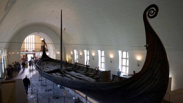 Na Uy khai quật tàu Viking cổ đầu tiên sau hơn một thế kỷ - Ảnh 1.
