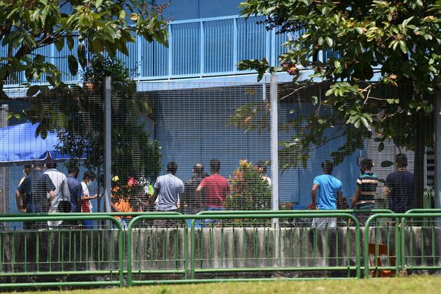 Singapore xây thêm 11 khu ký túc xá cho lao động nước ngoài - Ảnh 1.