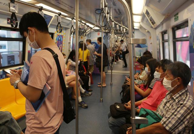 Người nước ngoài ở Thái Lan có thể nộp đơn xin gia hạn visa sau 31/7 - Ảnh 1.
