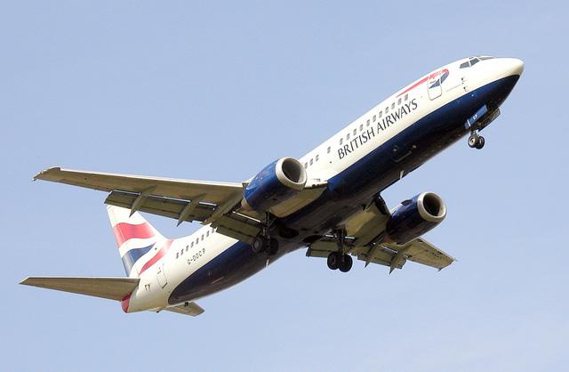 FAA yêu cầu kiểm tra 2.000 máy bay Boeing - Ảnh 1.