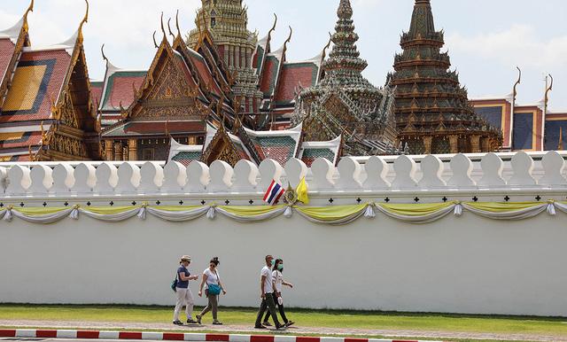 Thái Lan lên kế hoạch thu hút người nước ngoài đi du lịch nội địa - Ảnh 1.