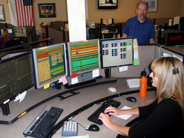 Dịch vụ giúp đường dây nóng 911hiểu mọi thứ tiếng - Ảnh 1.