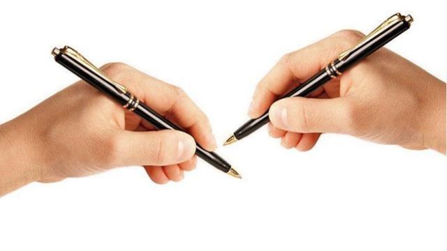 Yếu tố môi trường tác động đến biểu hiện thuận tay nhiều hơn di truyền? - Ảnh 1.