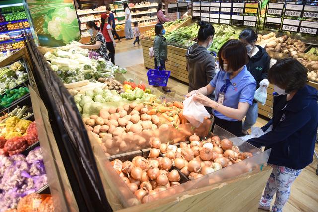 Giữ vững  vị trí  nhà bán lẻ  hàng đầu  Việt Nam - Ảnh 1.