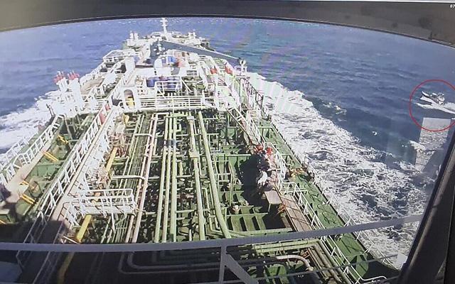Sức khỏe thuyền viên Việt Nam trên tàu Hàn Quốc bị Iran bắt đang tốt - Ảnh 1.
