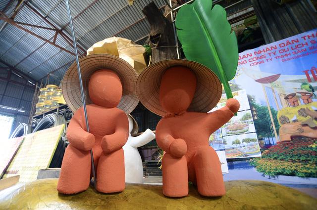 Vào hậu trường chế tác linh vật cho đường hoa Nguyễn Huệ 2021 - Ảnh 5.